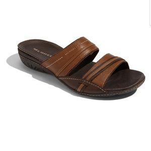 Merrell Piccolo Tan Brown Slides Sandals size 9